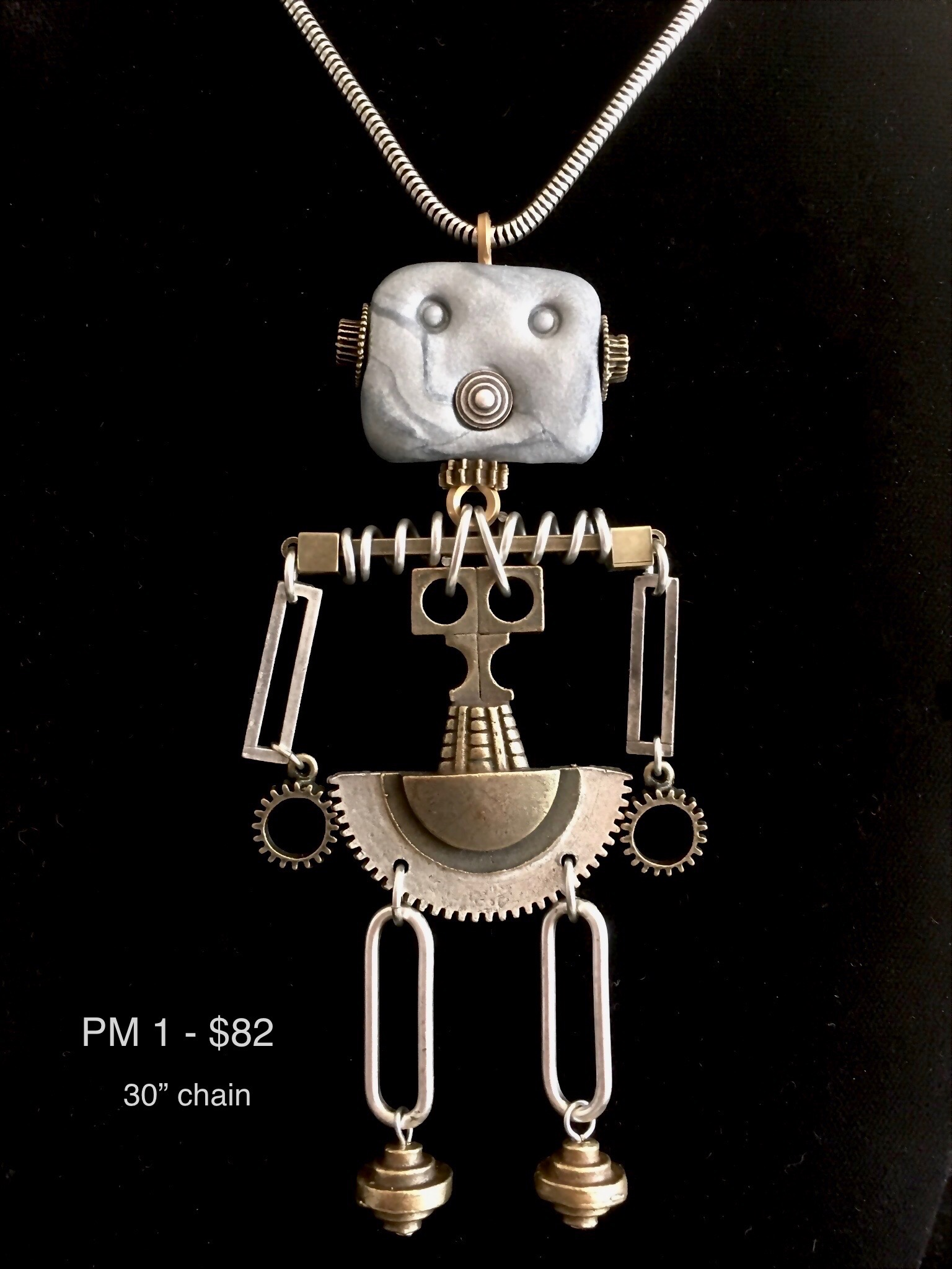 PM#1-necklace-robot-large-0359